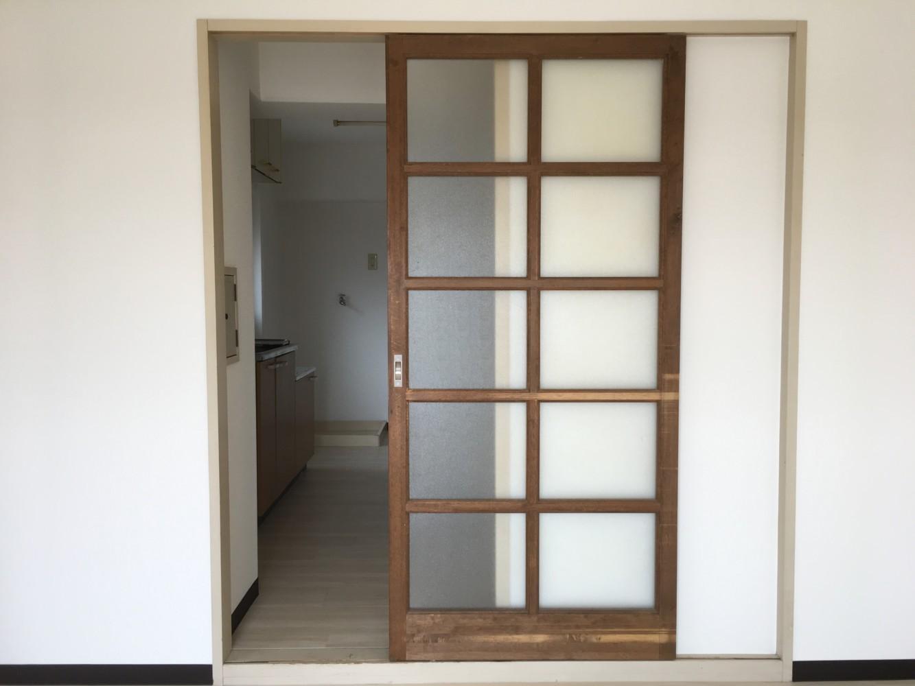 岡山市北区アパート引き戸、作り替え