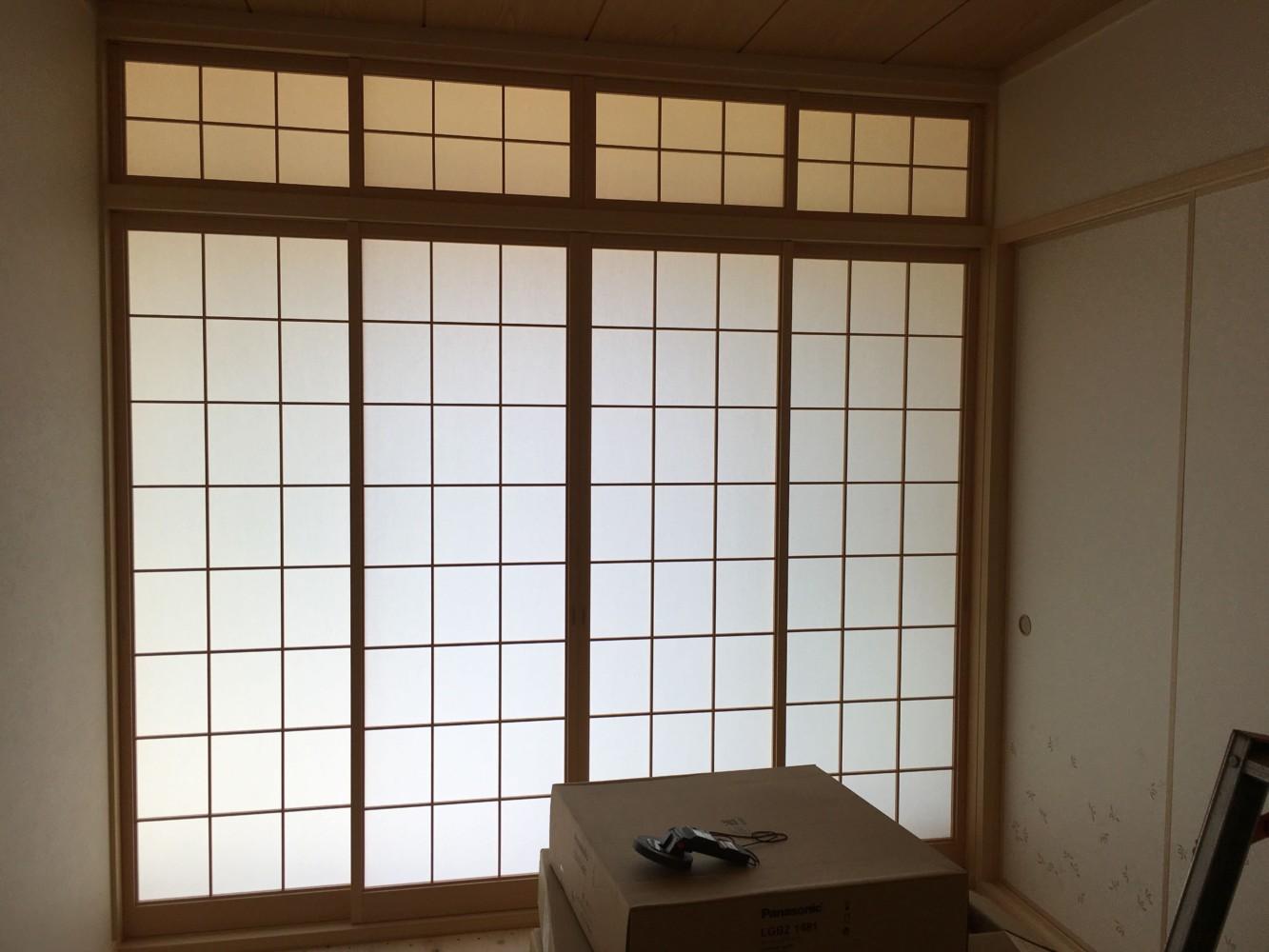 倉敷市中庄新築住宅/広縁_和室4枚引き違い障子、欄間障子